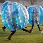Un peu de sport insolite : le bubble foot et les destinations idylliques pour le pratiquer