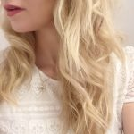 Red lips & blond curls